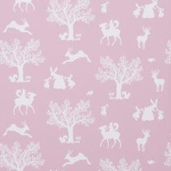 """Tapeta Hibou Home """"Zaczarowany las"""" różowa w białe drzewa"""