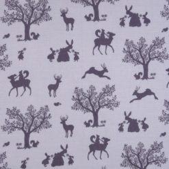 """Tkanina """"Zaczarowany las"""" w kolorze bakłażanu na fioletowym tle"""