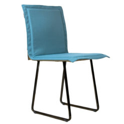 Krzesło gont na czarnych płozach FST0148
