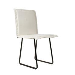 Krzesło gont na czarnych płozach FST0149