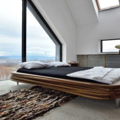 Łóżko drewniane Organique brązowe dwuosobowe