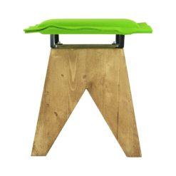 Stołek LOW z zielonym filcowym siedziskiem FST0016